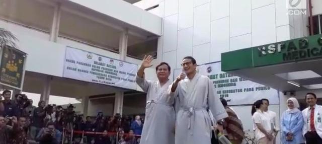Bakal calon presiden dan wakil presiden Prabowo Subianto dan Sandiaga Uno menjalani tes kesehatan di RSPAD Gatot Soebroto pagi ini, Senin (13/8/2018).