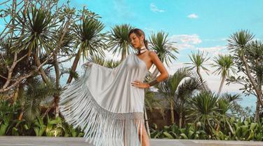 Patricia Gouw dikenal melalui kiprahnya sebagai seorang super model. Maka dari itu, ia pun selalu menjaga penampilannya agar tetap stylish setiap harinya. (Liputan6.com/IG/patriciagouw)