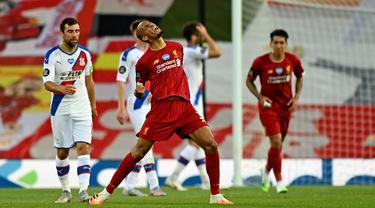 Liverpool Lumat Crystal Palace 4-0