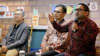 Kepala Kajian Makro LPEM UI Febrio Nathan Kacaribu saat menjadi pembicara dalam Kafe BCA Economy Outlook 2020 di Jakarta, Jumat (18/10/2019). Economy Outlook 2020 membahas prediksi ekonomi di Indonesia yang masih bisa tumbuh stabil pada tahun 2020. (Liputan6.com/Fery Pradolo)