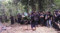 Prosesi ritual tes kejujuran Suku Kajang (Liputan6.com / Eka Hakim)