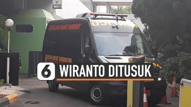 Menko Polhukam Wiranto menjadi korban penyerangan orang tak dikenal saat kunjungan kerja ke Kabupaten Pandeglang, Banten, Kamis (10/10/2019).