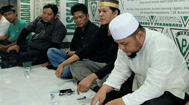 Kalimat Penghinaan pada Ustaz Abdul Somad yang Bikin Pria Pekanbaru Dijemput FPI