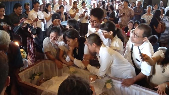 Seniman musik dan teater Indonesia asal Yogyakarta, Djaduk Ferianto, meninggal dunia secara mendadak pada Rabu 13 November 2019 pukul 02.30 WIB. (Liputan6.com/ Wisnu Wardhana)