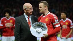 Wayne Rooney. Manchester United mengikatnya dari Everton di deadline day musim panas 2004/2005, 31 Agustus 2004. Selama 13 musim, Wayne Rooney tampil dalam 559 laga dengan mencetak 253 gol yang menjadikannya sebagai pencetak gol terbanyak Setan Merah sepanjang masa. (Foto: AFP/Oli Scarff)