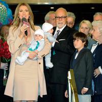 Keluarga Celine Dion dan Rene Angelil (AFP/Bintang.com)