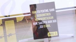 Peneliti Amnesty International, Papang Hidayat memberi paparan 9 Agenda Prioritas HAM di Jakarta, Senin (15/4). Amnesty International resmi menyerahkan 9 Agenda Prioritas HAM kepada Ketua Komnas HAM dan perwakilan kandidat Capres/Cawapres RI. (Liputan6.com/Helmi Fithriansyah)