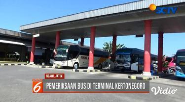Kemenhub, Kemenkes, dan Polri sidak kelayakan bus dan pengemudi di Terminal Kertonegoro, Ngawi, menjelang arus mudik lebaran.