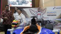 Rio Haryanto akan melakoni balapan perdana pada ajang F1 di Sirkuit Albert Park, Australia, Minggu (20/3/2016) mendatang. (Bola.com/Vitalis Yogi Trisna)