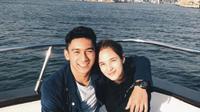 Chelsea Islan dan Daffa Wardhana mesra di atas kapal laut (Foto: Instagram)