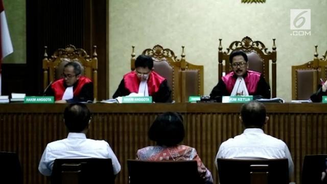 Sidang kasus e-KTP dengan terdakwa Setya Novanto kembali digelar,  mantan Mendagri Gamawan Fauzi hadir sebagai saksi sidang tersebut