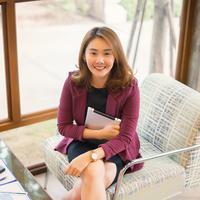Perempuan lebih bahagia di kantor daripada di rumah./Copyright shutterstock.com