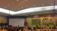 Syukuran HUT ke-55 Partai Golkar di kantor DPP Jalan Anggrek Neli, Slipi, Jakarta Barat, Minggu (20/10/2019) malam. (Merdeka.com/Muhammad Genantan Saputra)