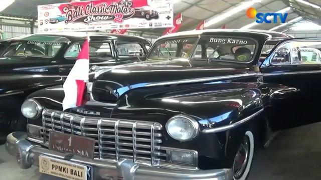 Memperingati kemerdekaan RI, pecinta mobil klasik menggelar pameran mobil yang memiliki nilai sejarah.