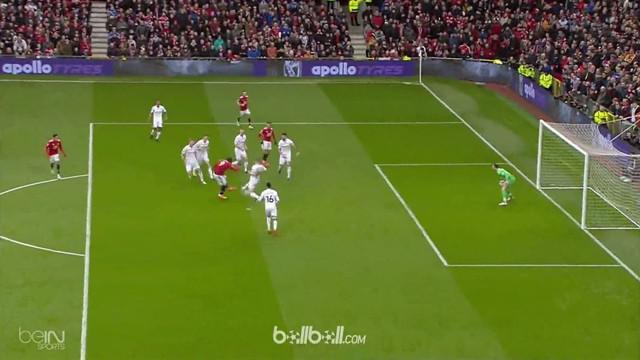 Manchester United memantapkan posisi mereka di peringkat dua klasemen EPL usai menang 2-0 atas Swansea. Romelu Lukaku membuka keun...