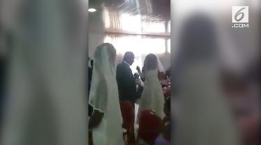 Seorang wanita mendatangi pernikahan mantan mengenakan gaun pengantin.
