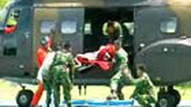 Tiga korban penembakan oleh kelompok separatis bersenjata di Puncak Jaya, Papua, berhasil evakuasi ke Jayapura. Satu korban dalam kondisi kritis.