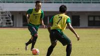 Pemain Persib, Rahmad Hidayat, mengikuti seleksi Timnas Indonesia di Stadion Pekansari, Bogor, Jawa Barat, Selasa (9/8/2016). (Bola.com/Vitalis Yogi Trisna)