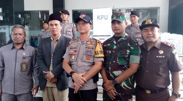 Kapolres Garut AKBP Budi Satria didampingi Dandim 0611 Garut Letkol Inf. Asyraf Azizi, dan pimpinan daerah lainnya.