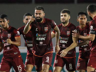 Kesuksesan Borneo FC meraih 3 poin di BRI Liga 1 akhirnya bisa dirasakan setelah puasa kemenangan semenjak partai pertama yang mereka mainkan. (Bola.com/Bagaskara Lazuardi)