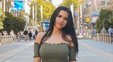 Potret Maria Vania presenter olahraga cantik yang curi perhatian