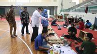 Virus corona membuat aktivitas belajar mengajar di sekolah dan kampus universitas diakukan di rumah. Kegiatan ini untuk mencegah penyebaran penyakit virus corona di Indonesia (humas UII/Yanuar H)