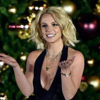 Beberapa kali penyanyi asal Amerika ini sering berganti-ganti pasangan. (Bintang.com/AFP)