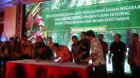 Dahlan Iskan menjelaskan pembentukan holding BUMN ini merupakan program dari pemerintah yang telah dicanangkan dan dikaji sejak lama.