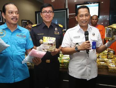 BNN dan Bea Cukai Gagalkan Penyelundupan 137 kg Sabu dan 42 Ribu Pil Ekstasi