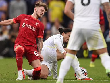 Bintang muda Liverpool, Harvey Elliott, mengalami cedera parah saat timnya bersua Leeds United pada laga pekan keempat Premier League, Minggu (12/09/2021). (Foto:AFP/Oli Scarff)