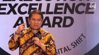 Menteri Komunikasi dan Informatika, Rudiantara saat menjadi pembicara pada malam penghargaan The 7th Annual SPEx2 Award 2018 di Jakarta, Senin (26/11). Ada 21 kategori penghargaan kepada perusahaan terunggul. (Liputan6.com/Helmi Fithriansyah)