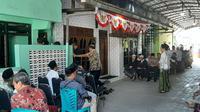 Suasana rumah duka Mbah Maimun Zubair di Sarang Rembang.