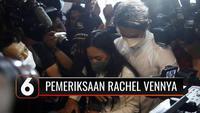 Pemeriksaan berlangsung selama 8 jam dan dicecar 35 pertanyaan, keluar dari ruang penyidik Rachel Vennya meminta maaf di hadapan wartawan. Rachel: Maaf sudah meresahkan masyarakat.