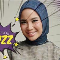 Chacha Frederica menarik perhatian publik. Itu karena penampilan terbarunya, yang kini lebih Islami.