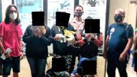 Lima warga ini tertangkap tangan sedang berjudi jenis kartu remi, di Desa Pinili, Kecamatan Dimembe Kabupaten Minahasa Utara, Sulut, Sabtu (30/1/2021) sekitar pukul 23.30 Wita.