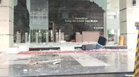 Gedung Kementerian ESDM rusak imbas demo UU Cipta Kerja (dok: Istimewa)