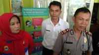 Kepala SMPN 1 Suranenggala Kabupaten Cirebon Andriati. (Liputan6.com/Panji Prayitno)