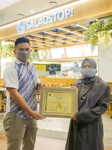 SaladStop! Menerima Sertifikasi Halal MUI