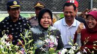 Wali Kota Surabaya Tri Rismaharini mengunjungi laboratorium budidaya tanaman anggrek di Surabaya, Jawa Timur (Foto:Liputan6.com/Dian Kurniawan)