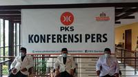 Konferensi Pers Muswil PKS Banten Di Kota Serang. (Minggu, 27/12/20200. (Yandhi Deslatama/Liputan6.com).