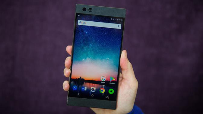 Razer akhirnya mengungkap smartphone pertamanya yang bernama Razer Phone. (Doc: Cnet)