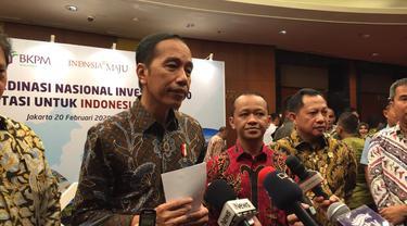 Presiden Jokowi angkat bicara soal polemik salah ketik dalam draf Rancangan Undang-undang (RUU) Omnibus Law Cipta Kerja.