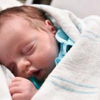 Mati berkali-kali mungkin sudah banyak terdengar kisahnya, tapi kisah bayi yang terlahir dua kali ini langka. (Foto: telegraph.co.uk)