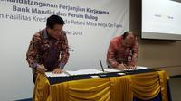Bank Mandiri gandeng Perum Bulog dalam pembiayaan modal kerja bagi 5.100 mitra petani mitra kerja on farm Bulog di Majalengka, Jawa Barat. (Yayu Agustini Rahayu/Merdeka.com)
