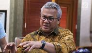 Ketua KPU RI, Arief Budiman saat menerima audiensi perwakilan Asosiasi Pengajar Hukum Tata Negara di Jakarta, Selasa (27/11). Pertemuan untuk menindaklanjuti putusan MK, MA dan PTUN. (Liputan6.com/Helmi Fithriansyah)