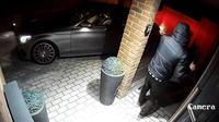 Sadis, Mercedes-Benz Ini Dicuri Hanya Dalam 20 Detik (Foto:Carscoops)