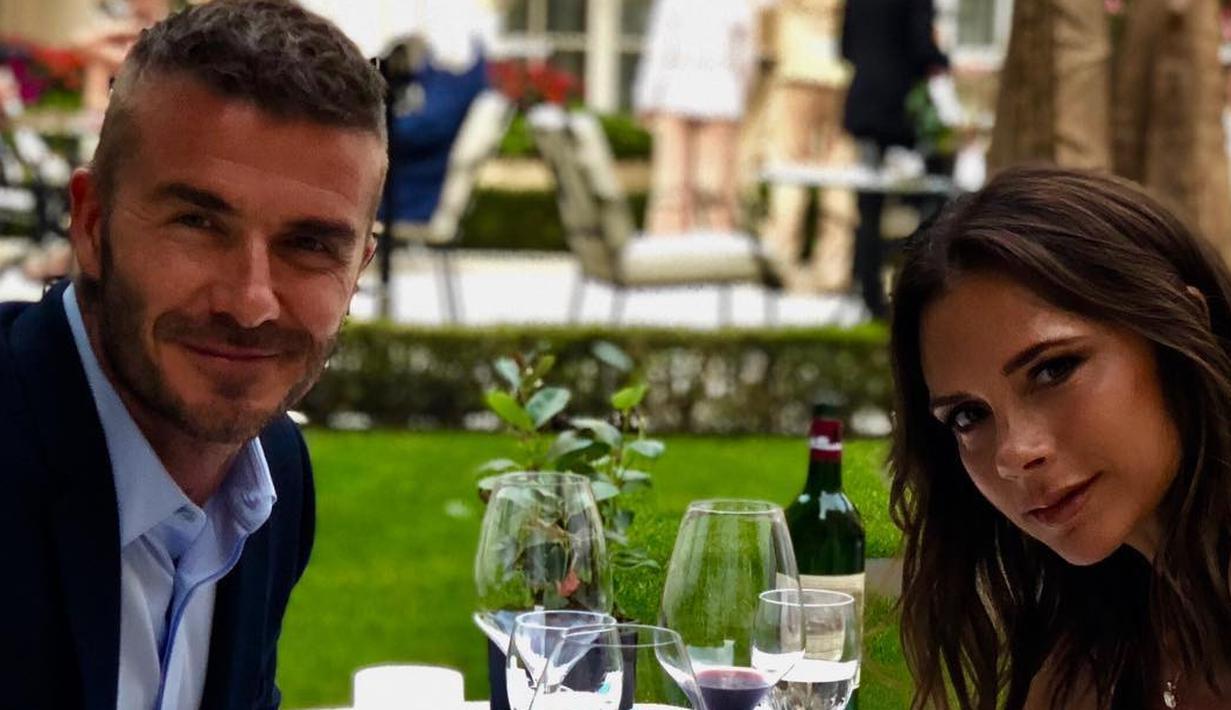David dan Victoria Beckham dengan bahagia merayakan ulang tahun pernikahannya yang ke 19 tepat di hari kemerdekaan Amerika Serikat, yakni 4 Juli. (instagram/victoriabeckham)
