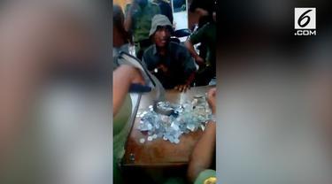 Seorang pria jadi pengemis di Pati, Jawa Tengah. Berkat pekerjaannya, ia memperoleh harta hingga miliaran rupiah.