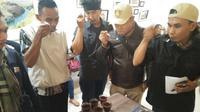 Pelatihan para petani kopi di Bandung, Sabtu 14 Oktober 2017 (Foto: Setra Yuana)
