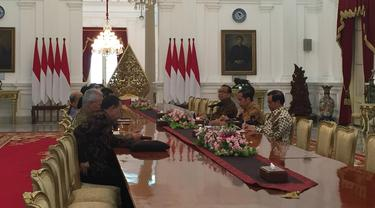 Presiden Jokowi menerima Dewan Pengarah Badan Pembinaan Ideologi Pancasila (BPIP) di Istana Merdeka, Kamis 9 Mei 2019.